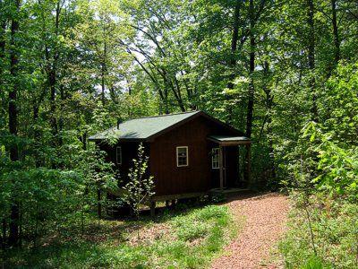 Woods Edge Cottage